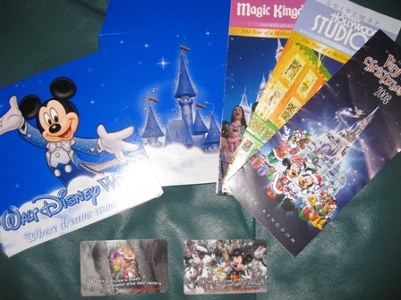 Disney Souvenirs Frugal Favoritesme Free Finding Debra