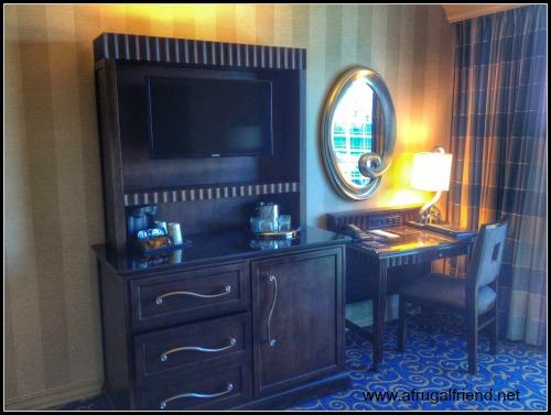Disneyland Hotel Remodeled Room