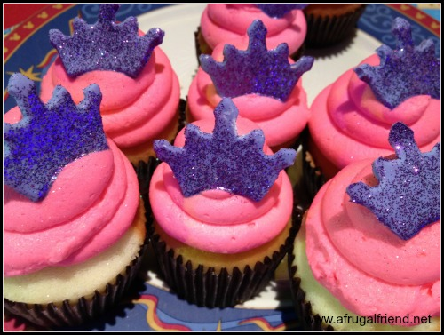 Elle Fanning Birthday Princess Cupcakes