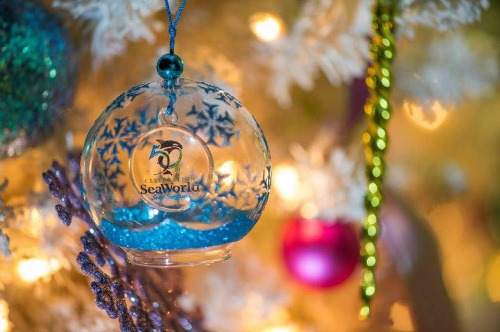 SeaWorld San Antonio 2014 Christmas Ornament