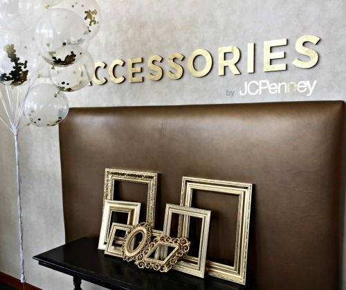 JCPenney Glam Ball Accessories Station