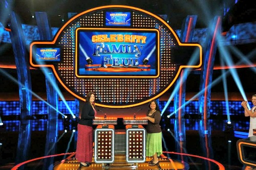 Celebrity Family Feud Blogger Team 1