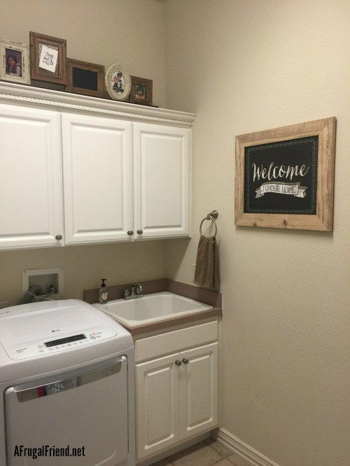 Shabby Chic Laundry Room Decor