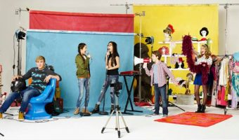 Behind the Scenes – New Disney Channel Show, Bizaardvark!