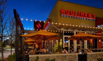Houlihan's Restaurant Lighter Fare Menu – Modern Cuisine with Less Calories! ($50 Giveaway)