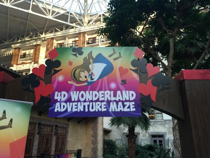 Gaylord Texan 4D Wonderland Maze