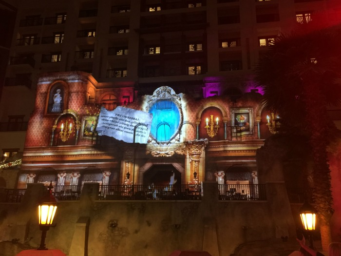 Gaylord Texan Laser Light Show