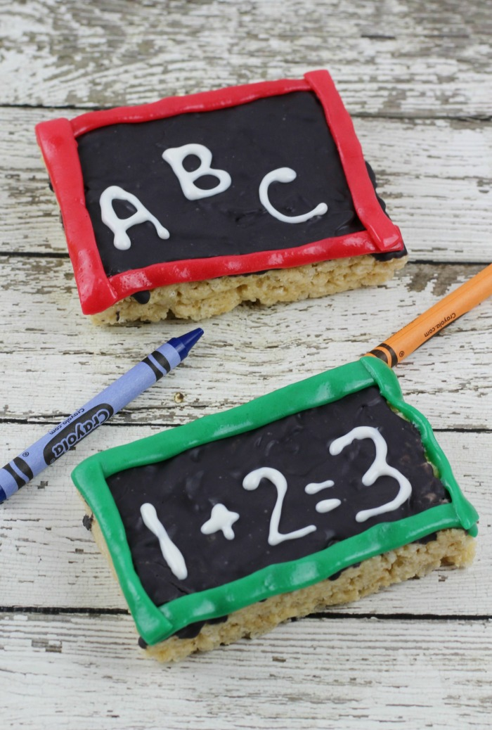 Chalkboard Rice Krispie Treats for back to school