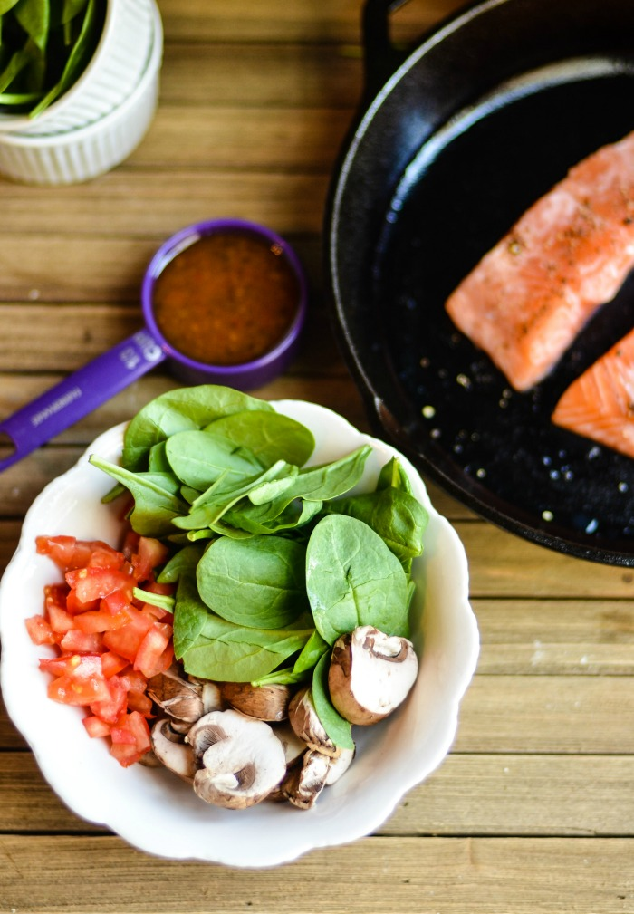 Low Carb Baked Salmon Salad With Vegetables