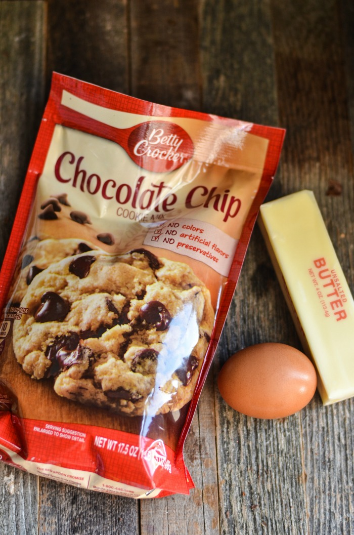 Easy Skillet Chocolate Chip Cookie Ingredients