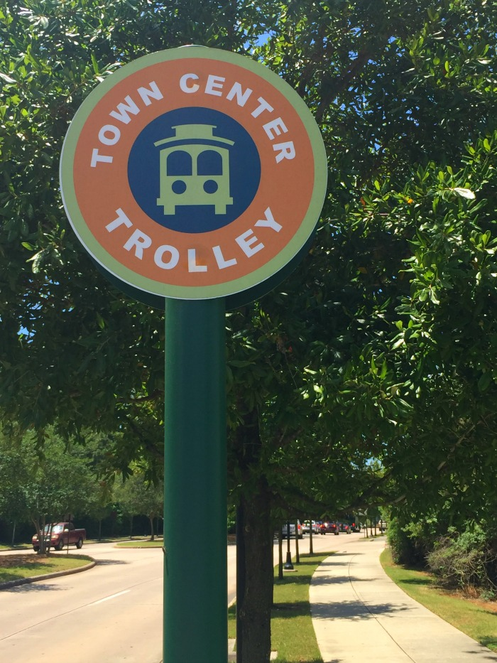 How to get around the woodlands tx