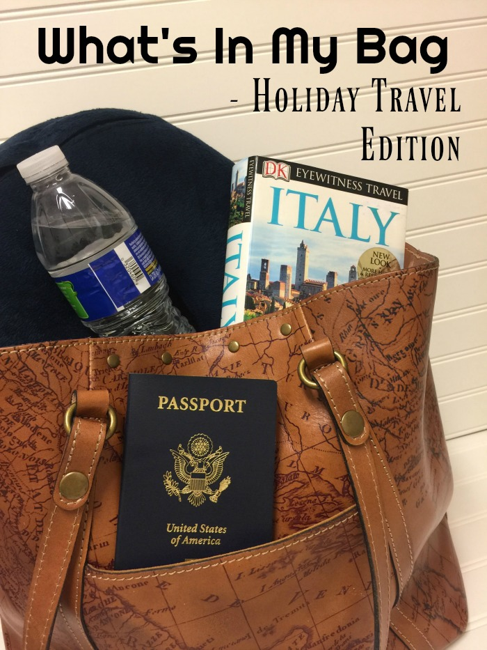 What's In My Bag - Holiday Travel Edition