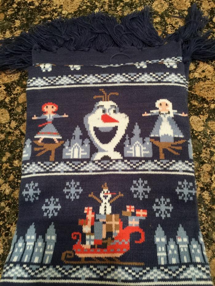 Olaf's Frozen Adventure Scarf
