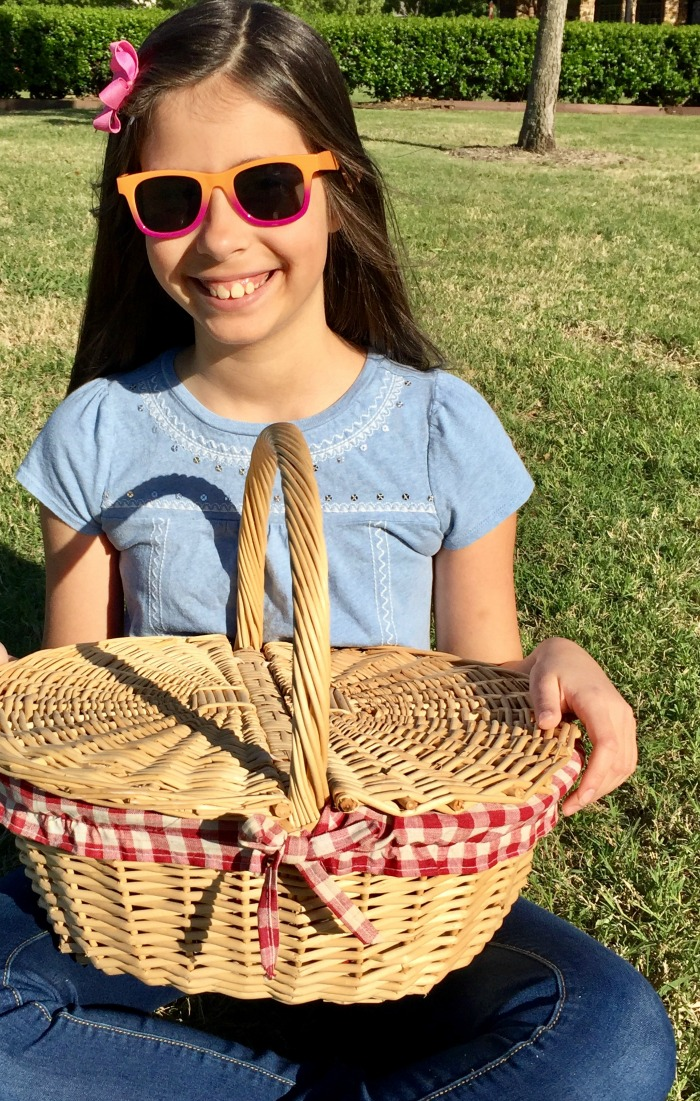 Backyard Activities for Kids - picnic