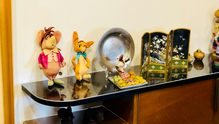Tour Walt Disney's Office - formal office miniature figures
