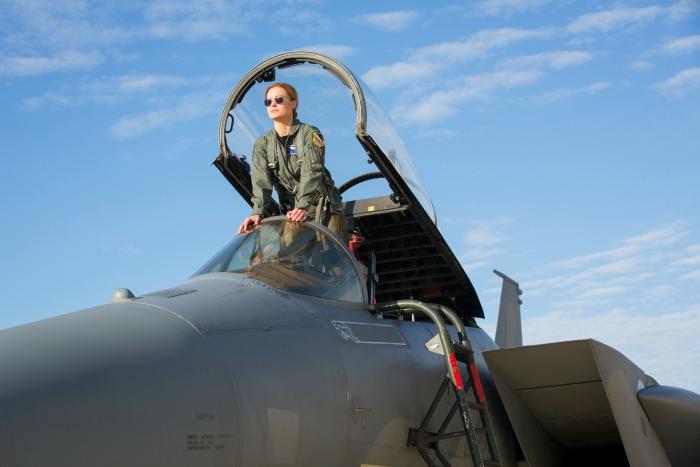 Captain Marvel Brie Larson pilot