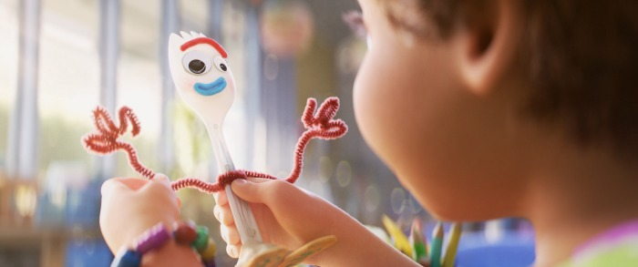 Toy Story 4 Bonnie making Forky
