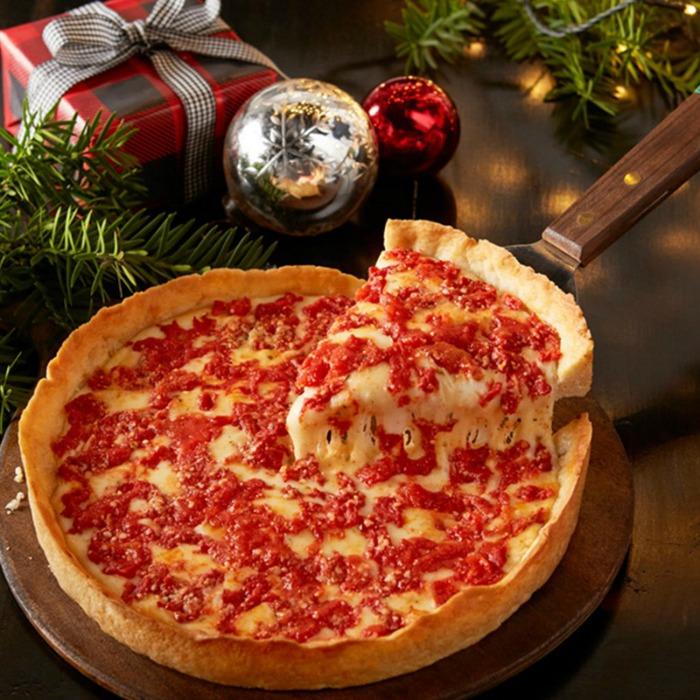 Tastes of Chicago Lou Malnatis Pizza